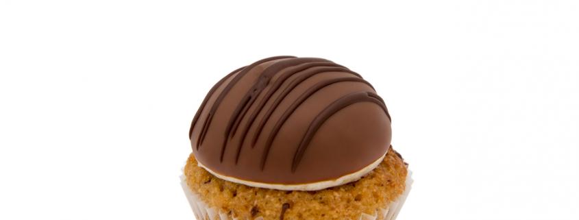 Vegan Haselnuss Cupcake & cremiges Schokoladentopping Berlin Cupcakes