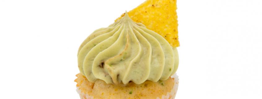 Herzhafter Mais-Bohnen Cupcake & Avocado-Creme mit Taco