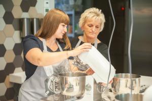 Backevent Cupcakes Backschule Berlin Geburtstag tigertörtchen
